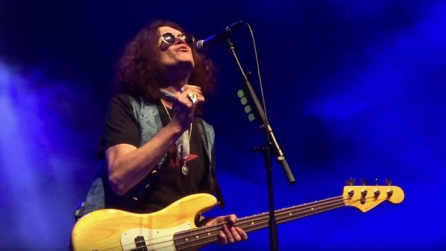 "GLENN HUGHES Talks Classic DEEP PURPLE Live Concert Series Band - ""I`m Not A Tribute Artist, I Am The Artist, So I Need People To Be Able To Take Us Back To 1974"""