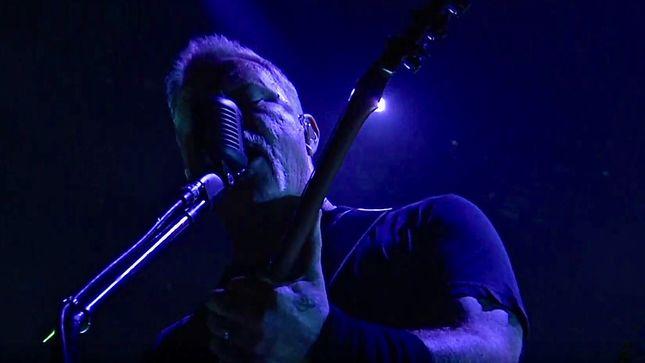 Metallica performs power ballad