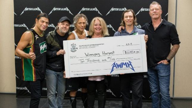 METALLICA Set Attendance Record At Winnipeg Show, Donate $10,000 To Local Food Bank