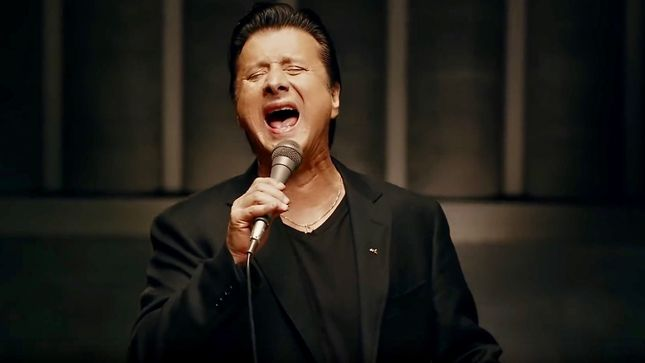 STEVE PERRY - Long-Awaited Traces Album Streaming In Its Entirety