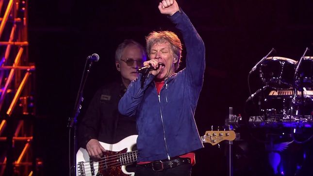 "BON JOVI Performs ""Lay Your Hands On Me"" In Philadelphia; Official Live Video Streaming"