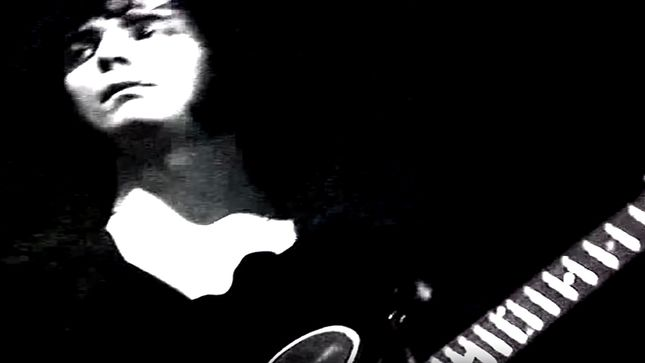 """DEEP PURPLE Performs """"Hush"""" In First Promotional Film From 1968; Rare Video Streaming"""