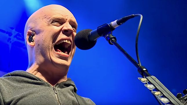 DEVIN TOWNSEND To Embark On 'An Evening With' Acoustic Solo Tour; Announcement Video Streaming