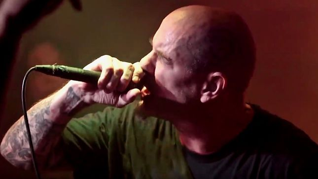 PHILIP H. ANSELMO & THE ILLEGALS Perform PANTERA Classics In Lubbock, TX; Fan-Filmed Video Available