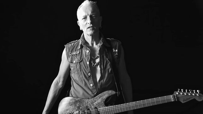 "Could DEF LEPPARD Record Another Album With Producer MUTT LANGE? - ""His Level Of Excellence Isn't Just Given Away, Its Earned And Worked For,"" Says PHIL COLLEN"