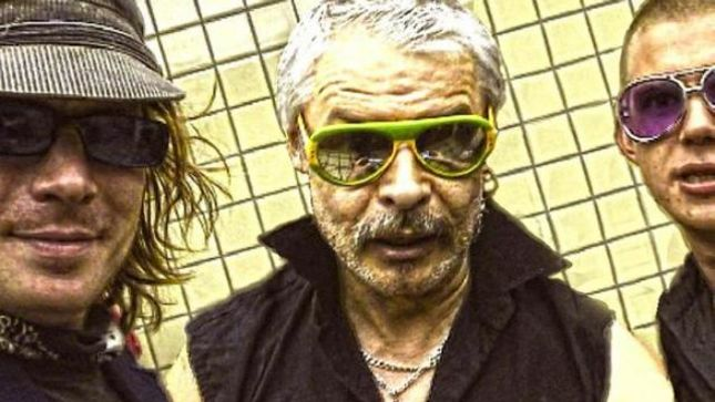 "LITTLE VILLAINS To Release New Album Recorded In 2007 Featuring MOTÖRHEAD Drummer PHIL ""PHILTHY ANIMAL"" TAYLOR; ""What On Earth"" Single Streaming"