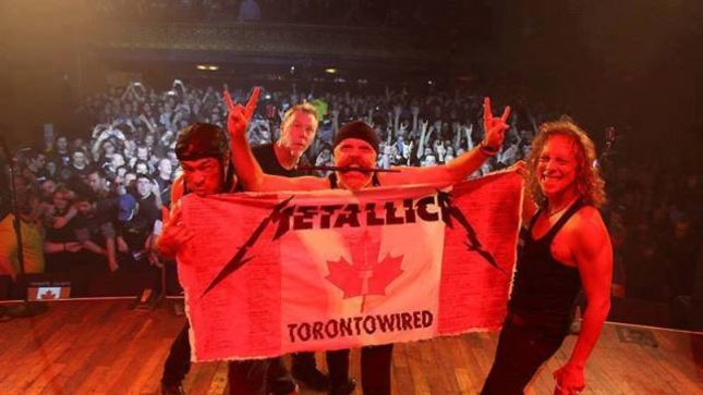 "METALLICA Post 2016 Pro-Shot Video Of ""Whiskey In The Jar"" Live At The Opera House In Toronto"