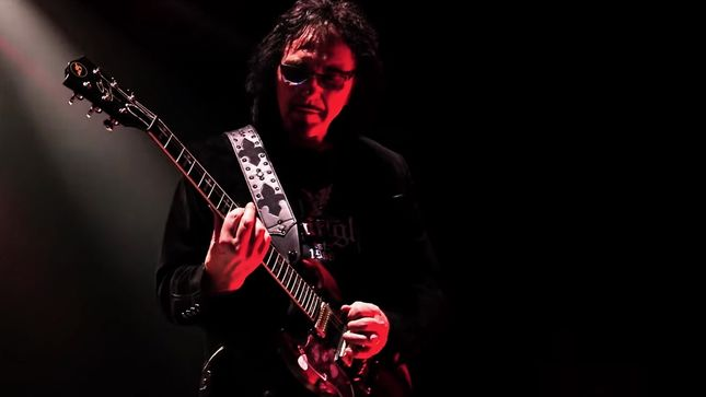 TONY IOMMI Reveals His Favourite BLACK SABBATH Guitar Riffs, Names The Greatest Riff Of All Time
