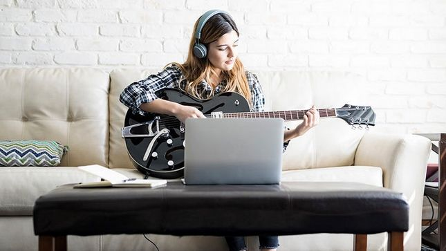 how using headphones help you set up an ideal guitar practice space. Black Bedroom Furniture Sets. Home Design Ideas