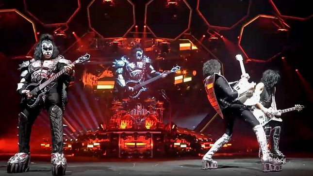 "KISS - ""Let Me Go, Rock 'N' Roll"" Pro-Shot Video From Sacramento Streaming"