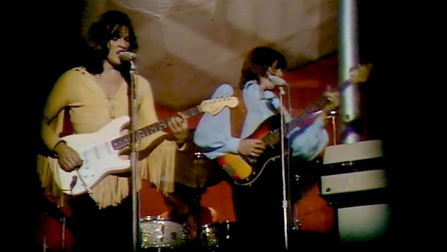 Pink Floyd Performs Let There Be More Light On France S