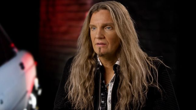 WHITESNAKE Members Discuss Working With DAVID COVERDALE ...