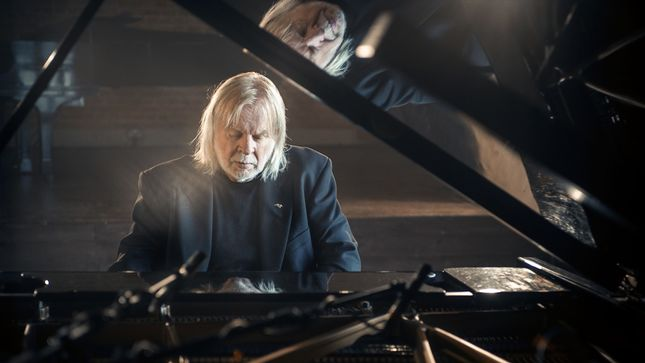 RICK WAKEMAN Announces UK Christmas Tour; Video Trailer