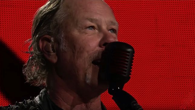 "METALLICA - ""Spit Out The Bone"" HD Live Video From Paris Streaming"
