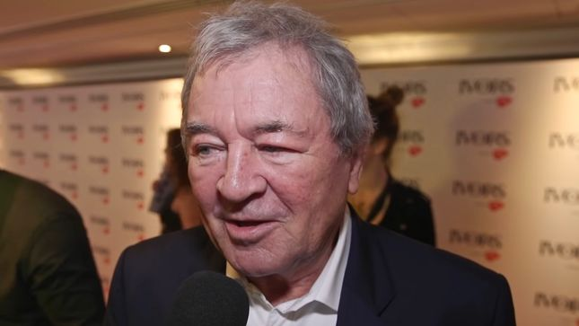 "DEEP PURPLE Singer IAN GILLAN On Former UK Prime Minister DAVID CAMERON Naming THE SMITHS As His Favourite Band - ""I Just Imagined MORRISSEY, Sort Of Pulling His Nose Off""; Video"