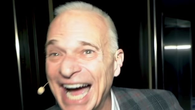 DAVID LEE ROTH Crashes Bachelor Party In Las Vegas; Video