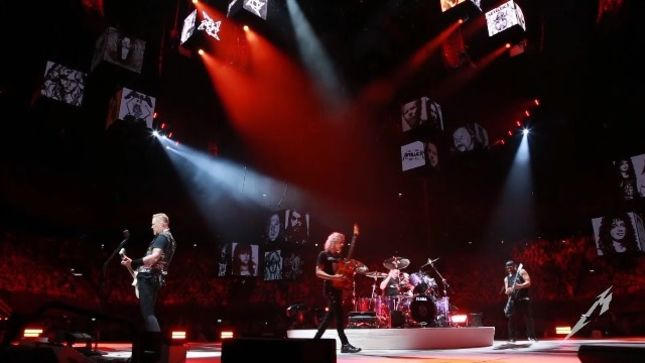 "METALLICA - Pro-Shot Video Of ""Here Comes Revenge"" Live In Amsterdam Posted"