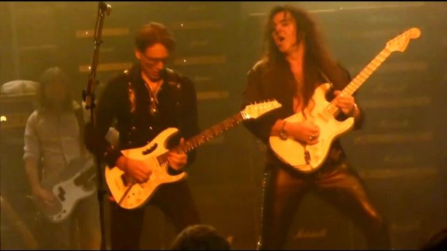 "STEVE VAI Talks Performing YNGWIE MALMSTEEN's ""Black Star"" On GENERATION AXE Tour - ""It Was One Of My Highlights From Each Night"""