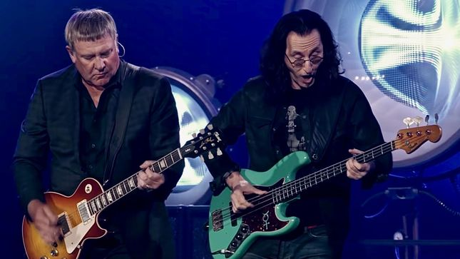 "RUSH Frontman GEDDY LEE On Band's Musical Legacy - ""A Body Of Work Like Ours Takes On A Life Of Its Own"""