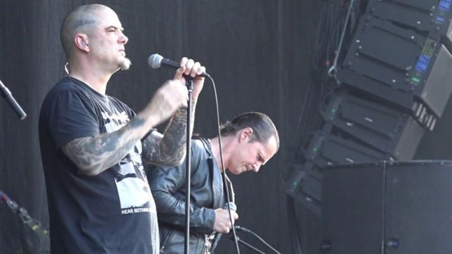 "SATYRICON Frontman Joins PHIL ANSELMO On Stage At Gefle Metal 2019 For PANTERA's ""I'm Broken"" (Video)"