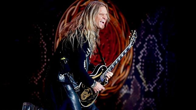 "WHITESNAKE Guitarist JOEL HOEKSTRA On Band's Future - ""The More Active We Can Stay, The Better, As Far As I'm Concerned, Because I Love This Band"""