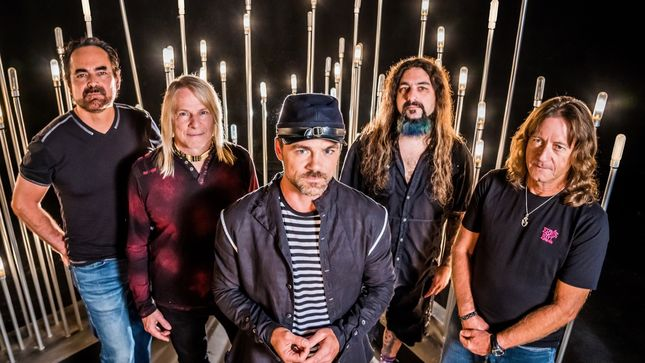 "FLYING COLORS Featuring MIKE PORTNOY, NEAL MORSE, STEVE MORSE Premier ""You Are Not Alone"" Music Video"