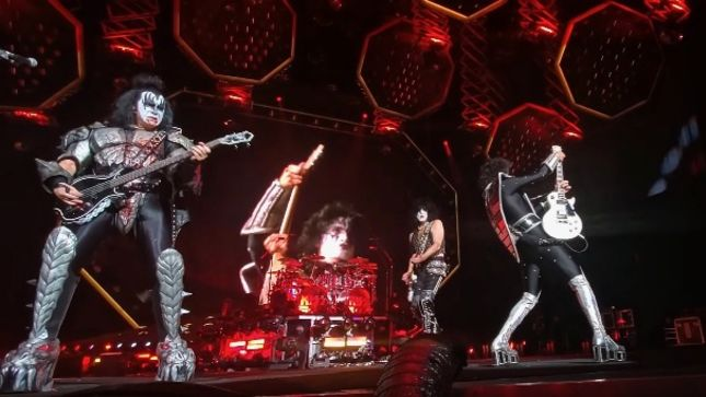 "KISS Frontman PAUL STANLEY On End Of The Road Tour - ""This Is Absolutely, By Far, The Greatest Show We've Ever Done"""