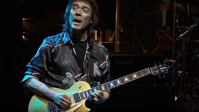 "STEVE HACKETT Releases ""Dancing With The Moonlit Knight"" Video From Upcoming Genesis Revisited Band & Orchestra: Live At The Royal Festival Hall"
