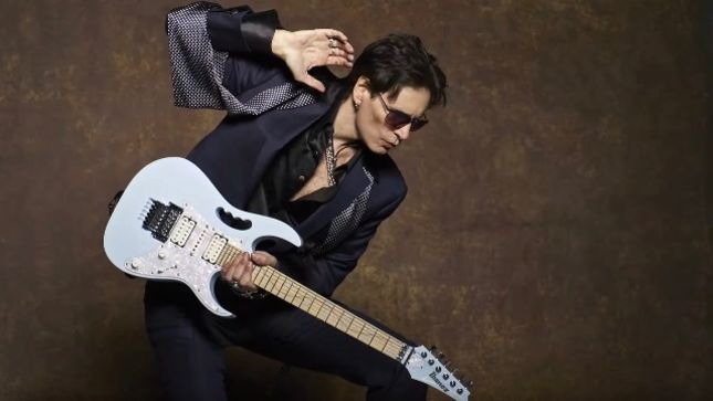 "STEVE VAI Posts Soundcheck Impromptu Jam ""And There You Have It "" From The Space Between The Notes (Video)"