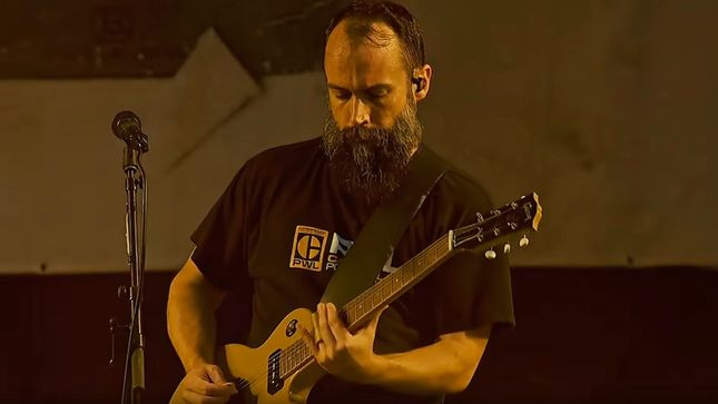 "CLUTCH Releases 2019 Studio Recording Of Classic Single ""Electric Worry""; Official Live Video"