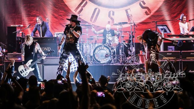 GUNS N' ROSES - Fan-Filmed Video From This Weekend's Hollywood Palladium Show Posted