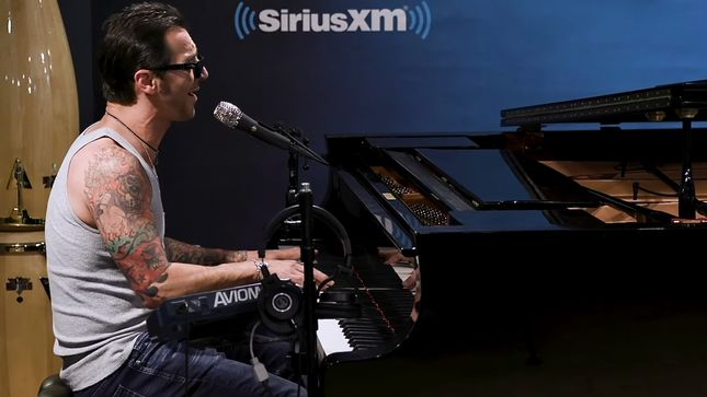 "GODSMACK Performs Acoustic Rendition Of ""Under Your Scars"" Live At SiriusXM Studios; Video"