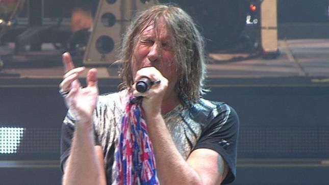 "DEF LEPPARD Frontman JOE ELLIOTT - ""Playing Live Is, At This Moment In Time, More Important Than New Music"""