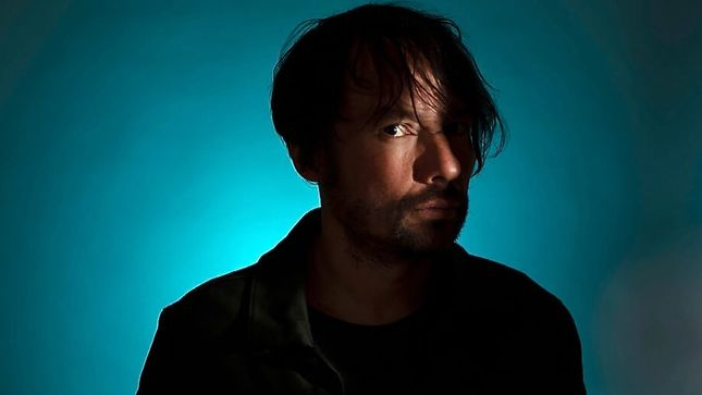 "THE PINEAPPLE THIEF Frontman BRUCE SOORD Debuts ""All This Will Be Yours"" Music Video"