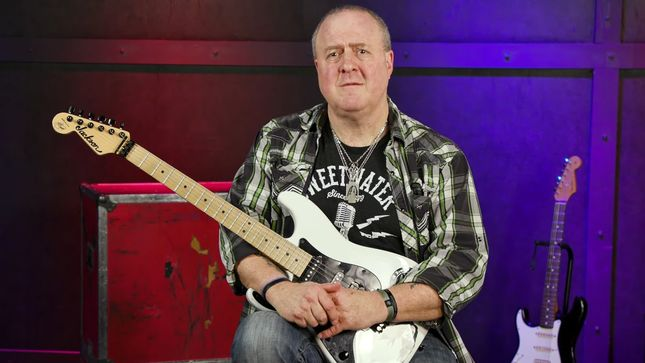 NICK BOWCOTT Shows How To Play IRON MAIDEN-Style Guitar Harmonies; Part 1 Of 3 (Video)