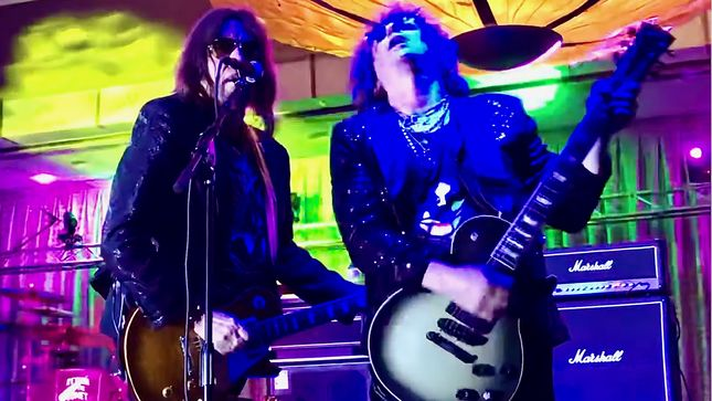 ACE FREHLEY Reunites With FREHLEY'S COMET Members At Kruise Fest 2019; Video
