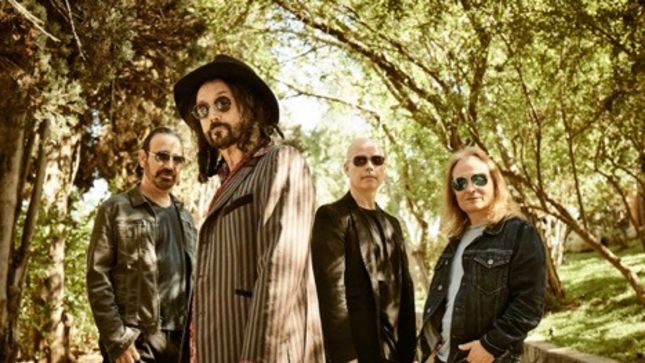 MIKE CAMPBELL's THE DIRTY KNOBS - Debut Album  Wreckless Abandon Due In March, Video For Title Track Out Now