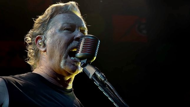 "METALLICA Release ""Blackened"" HQ Performance Video From Nashville"