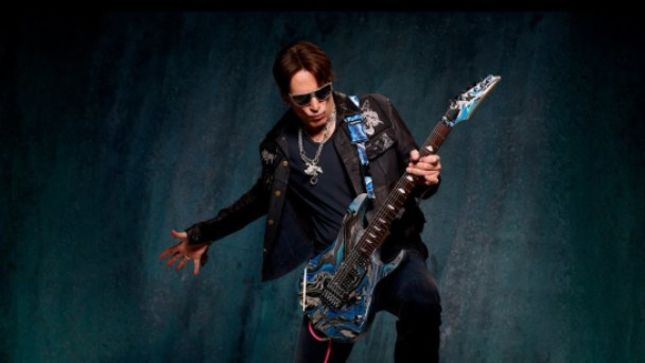 "STEVE VAI Recalls His Worst Gig Ever - ""It Happened In 1980 When I Was On Tour With FRANK ZAPPA; I Thought He Was Going To Send Me Home"" (Video)"