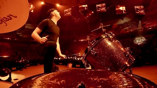 "METALLICA Release Professionally-Filmed Performance Video For ""The Memory Remains"", Live From Wichita, Kansas"