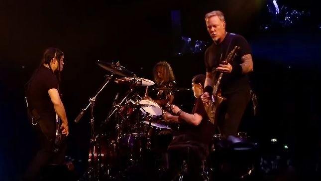 """METALLICA Perform """"Master Of Puppets"""" In Herning, Denmark; HQ Video Streaming"""