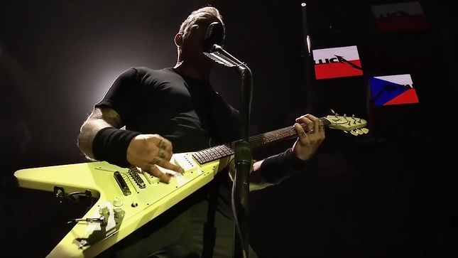 "Watch METALLICA ""Spit Out The Bone"" In Prague; HQ Video Posted"