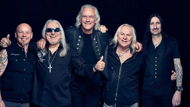URIAH HEEP Guitarist MICK BOX Recaps Rock Legends 2020 Cruise (Video)