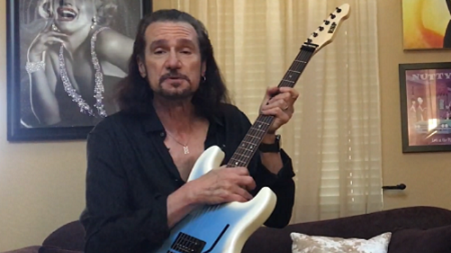 BRUCE KULICK - April Episode Of KISS Guitar Of The Month Streaming