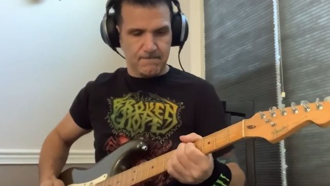 ANTHRAX's Charlie Benante Pays Tribute To KING'S X; Video