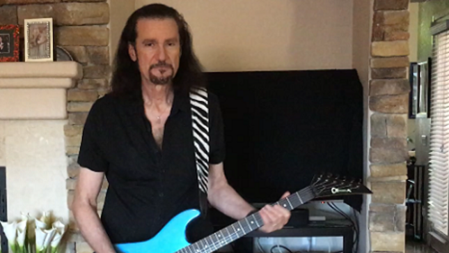 BRUCE KULICK - May Episode Of KISS Guitar Of The Month Streaming