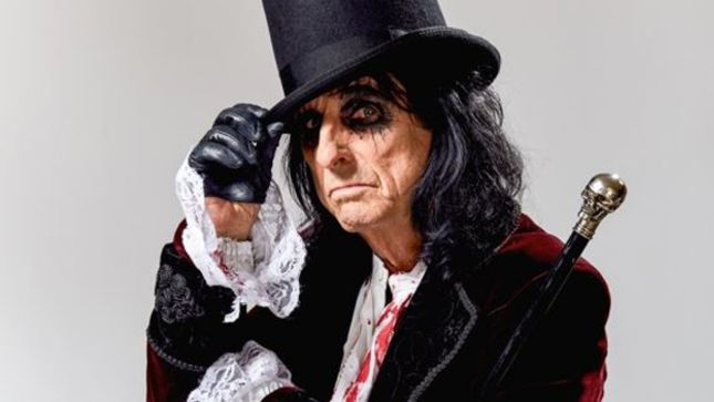 "ALICE COOPER Names Favourite Albums In His Catalogue - ""From The Inside And Welcome To My Nightmare Were The Two Classic Things That Alice Did"""