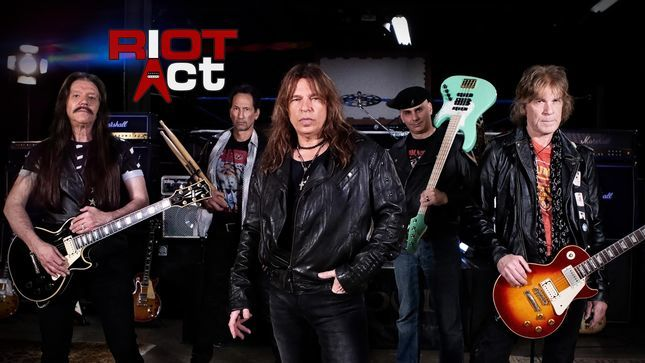 Former RIOT Guitarist RICK VENTURA Reflects On Supporting AC/DC, RUSH And BLACK SABBATH In Concert, Talks Future Of RIOT ACT
