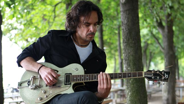 JOE SATRIANI Mentee GEOFF TYSON To Release First Instrumental Guitar Album