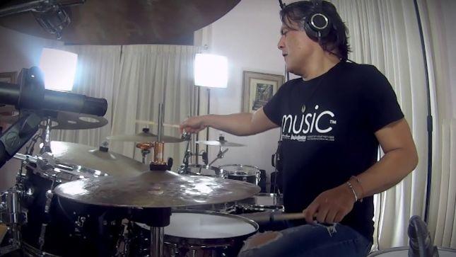 AYREON Mastermind ARJEN LUCASSEN Introduces New Drummer JUAN VAN EMMERLOOT; Behind-The-Scenes Video Available